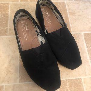 Women's Toms size 7.5